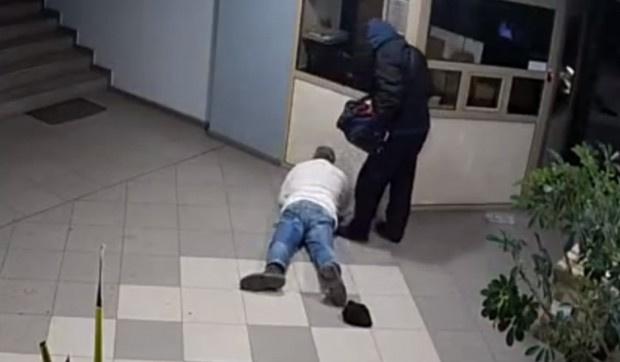 Побойник, който дълго време налага портиер в пловдивска фирма с