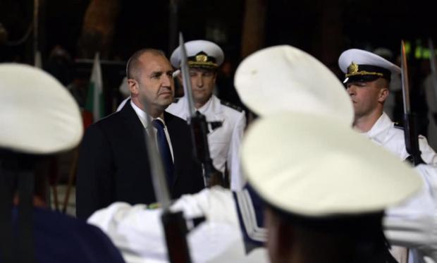 Президентът Радев: Познавам пилота, прекрасен човек и добър професионалист