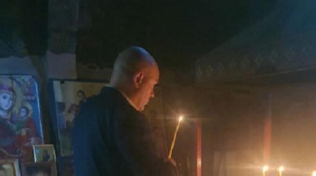 Главният прокурор отиде на църква преди срещата с Лаура Кьовеши