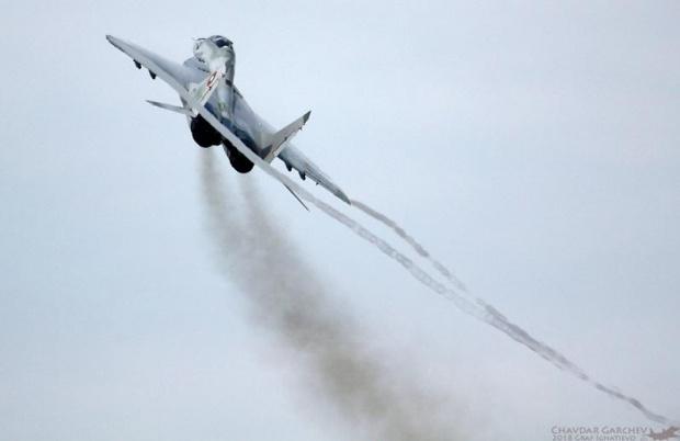Заради влошените метеоролигични условия издирването на падналия край Шабла МиГ-29