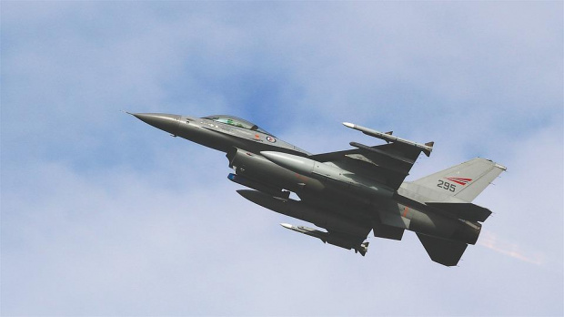 Черната кутия от падналия в Черно море български изтребител МиГ-29