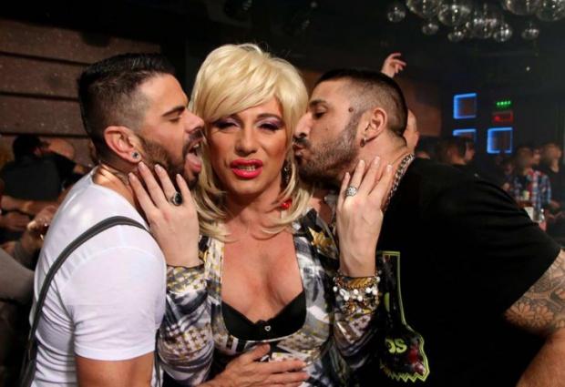 Защо коментар на певицата Милена Славова за гей парада предизвика