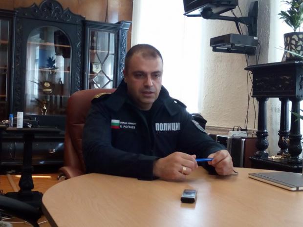 Стефан МАРКОВ. Novinite.bg Скандалният директор на полицията в Пловдив старши