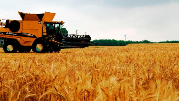 Земеделски производители се вдигат на протест заради предложен таван на субсидиите