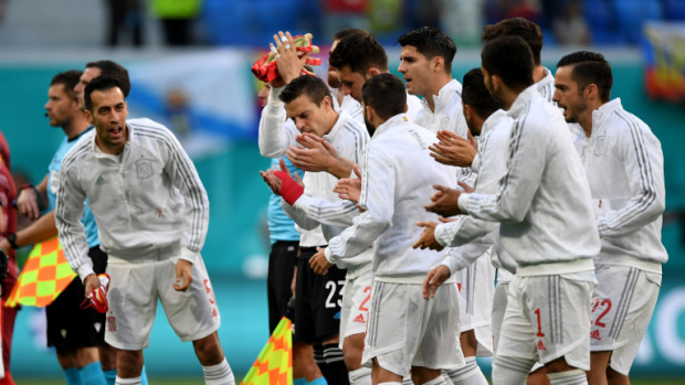 Испания е на полуфинал, след като оцеля в нова драма и дузпи срещу приятната изненада Швейцария