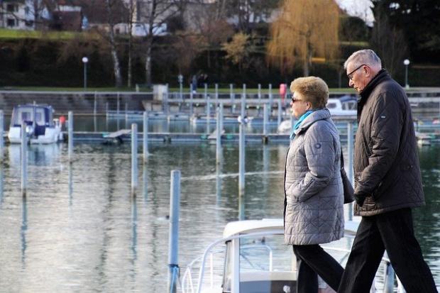 Предлагат два варианта за увеличение на пенсиите