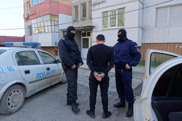 Арестуваха кмета на поморийско село