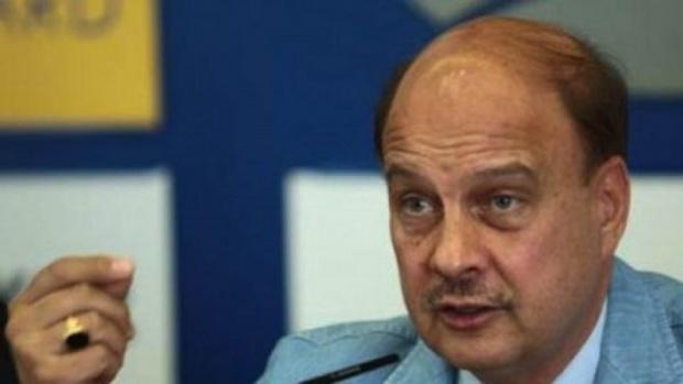 Марков поиска закон за мораториум върху уволненията в болниците