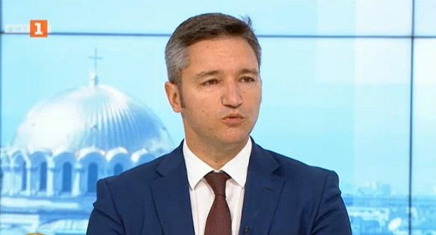Вигенин: Митева бе избрана за председател на Народното събрание с гласовете на ДПС