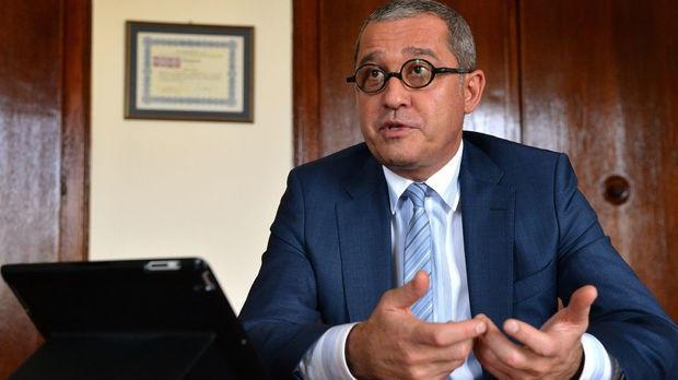 """ДПС искат изслушване на финансовия и икономическия министър заради """"Магнитски"""""""
