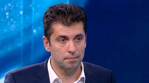 Кирил Петков към Борисов: ББР е дала 400 хил. лв. за БМВ, това беше кладенец за течове