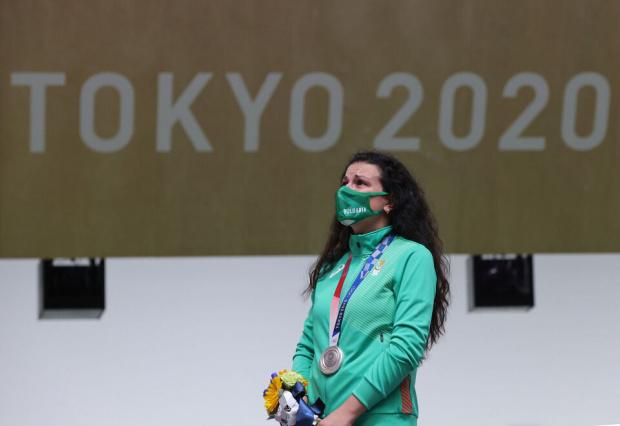 Сребърният медалист на 10 метра пистолет от Олимпийските игри в