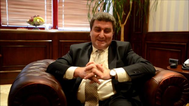 Валентин Златев официално влезе в бизнеса с природен газ