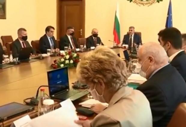 Кабинетът одобри актуализацията на бюджета