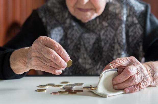 От 1 октомври пенсиите ще се увеличат средно с 64