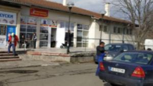 Заради безводие: Жители на бургаско с. Маринка блокират път