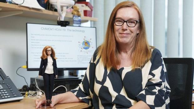 Създадоха кукла Барби с лика на жената , изобретила ваксината на AstraZeneca