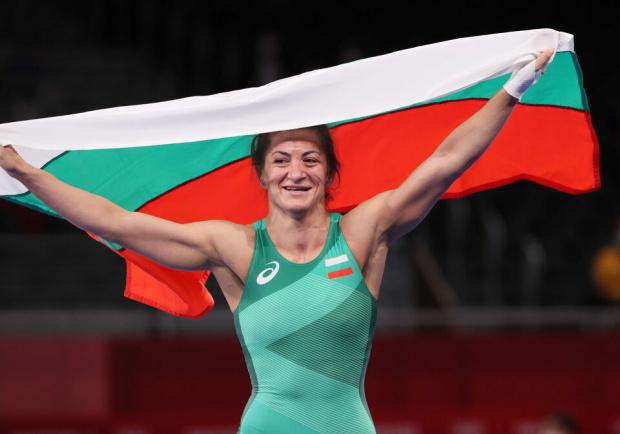 Боркинята Евелина Николова зарадва България с нов медал В Токио! Жените ни са №1