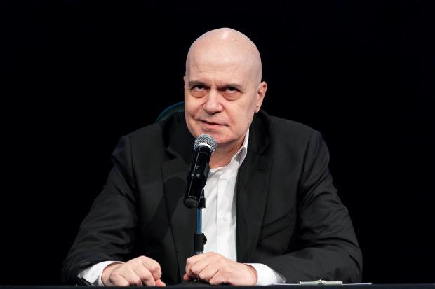 Трифонов: ИТН ще подкрепи служебното правителство, за да се справи с кризата. България е на пътя на имигрантите