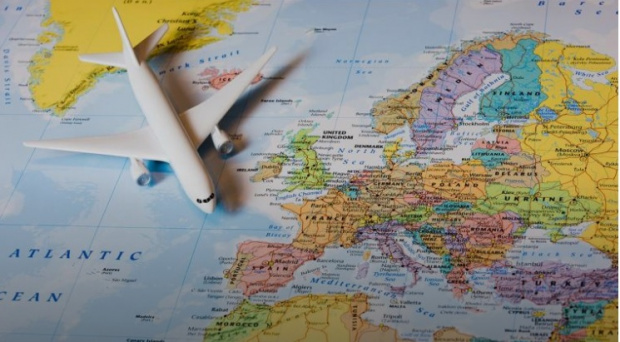 Как се пътува из Европа с новите ковид рестрикции?