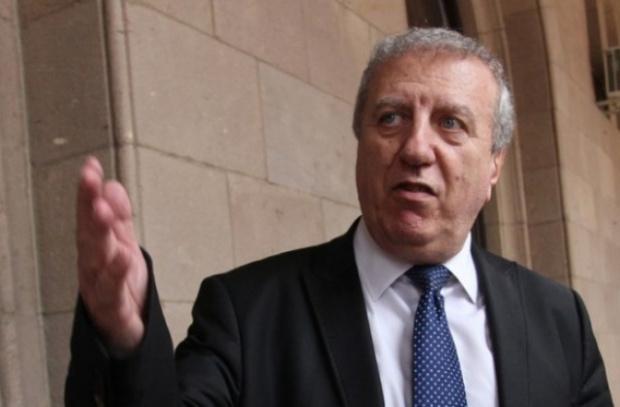Александър Томов се кандидатира за президент