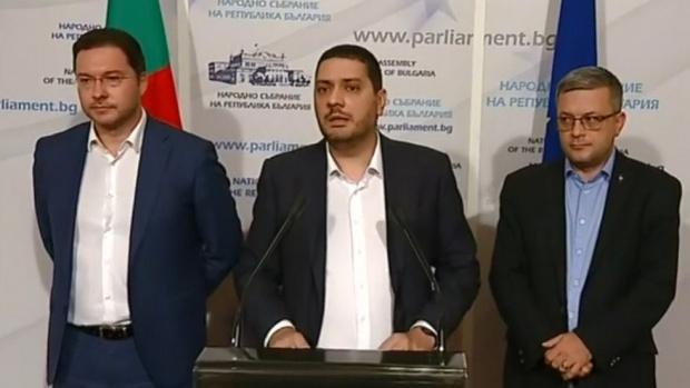 ГЕРБ иска оставката на военния министър заради инцидента в Чешнегирово - покривал убийство