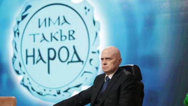 Слави: България сега няма духовен водач, но заслужава да се потрудим за нея