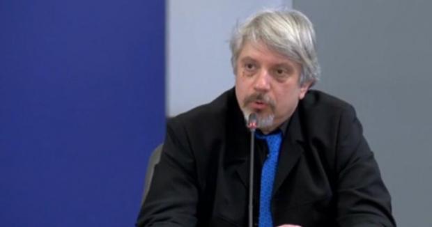 Проф. Николай Витановзаяви пред Нова телевизия,че автомобилът му е бил