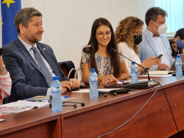 ДБ ще обжалва избора на нов председател на СОС