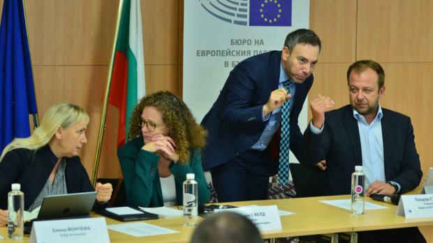 Има проблем с прокуратурата в България, включително в монопола върху