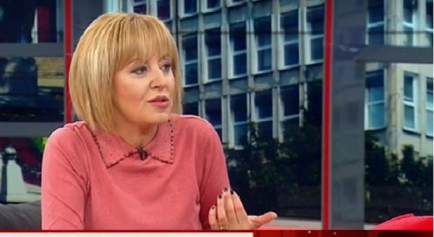 """Лидерът на Гражданската платформа """"Изправи се.БГ"""" Мая Манолова настоя за"""