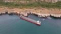 Точат още гориво от заседналия кораб Vera Su