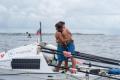 Страхотните Стефан и Максим, които прекосиха Атлантика с гребане, акостират с лодката Neverest пред НДК