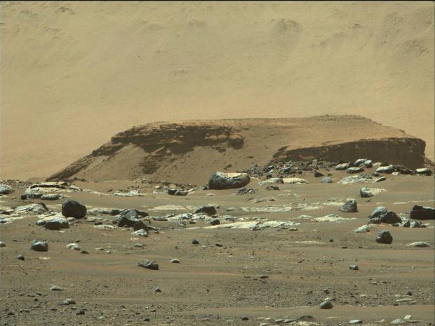 Марсоходът Пърсъвиърънс с първи вълнуващи открития за миналото на Червената планета