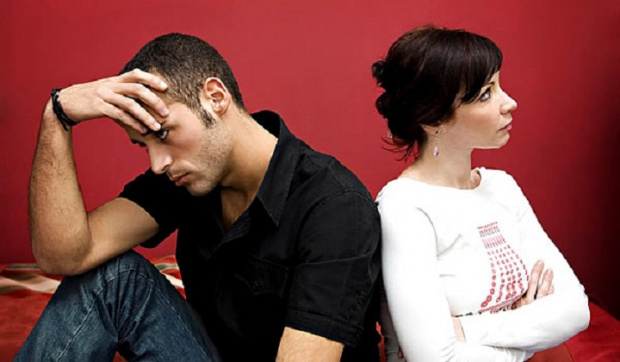 1. Приемете факта, че наистина ревнувате партньора си. Когато ревнуват,
