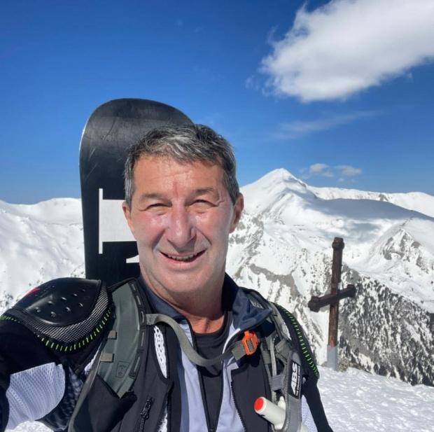 Финансистът и запален планинарВладимир Каролеве починал тази нощ след близо